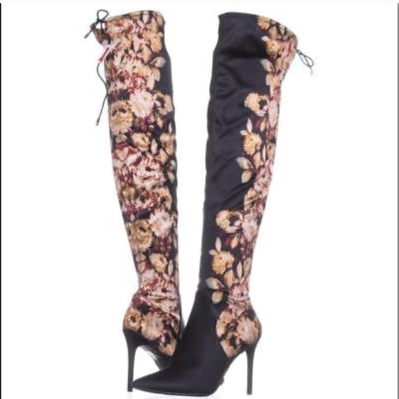 0c332c116dfe Jessica Simpson Lessy Over The knee pull up boots
